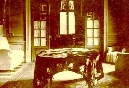 Imagine+din+apartamentul+lui+Elias+Conform+testamentului+mobila+trebuia+sa+ramana+neschimbata+asa+cu+a+lasat-o+el.JPG